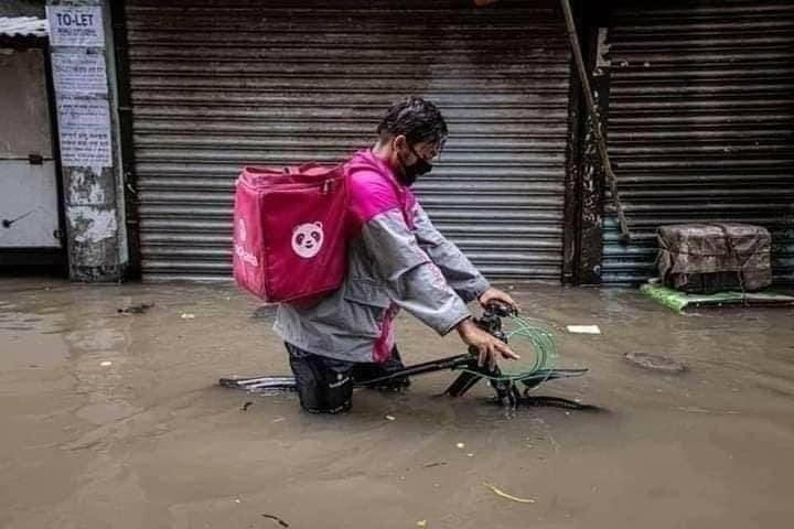 Ruokalähetti Dhakassa